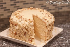 Amaretto Cake (9 of 10)